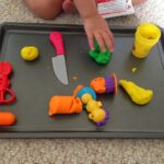 {Mommy School} Playing & Learning with Play-Doh!