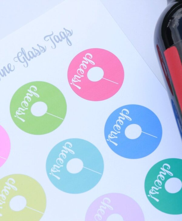 Summer Entertaining + Printable Wine Glass Tags